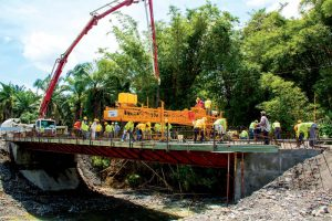 Construcción de puente en Panamá