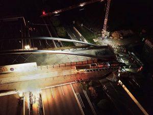 Scheuerle transporta un puente de 130 metros2
